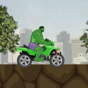 Халк на квадроцикле